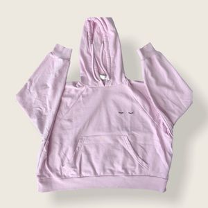 Pink cropped hoodie with lashes